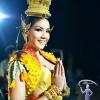 """แถลงข่าวเปิดตัวชุดประจำชาติไทย """"นาฎยมาลี"""" ลิต้า พร้อมลุย มิสยูนิเวิร์ส 2013 กรุงมอสโค"""